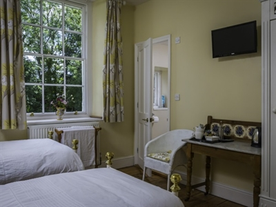 Chamomile Room at The Old Vicarage Bed and Breakfast Kenton Exeter